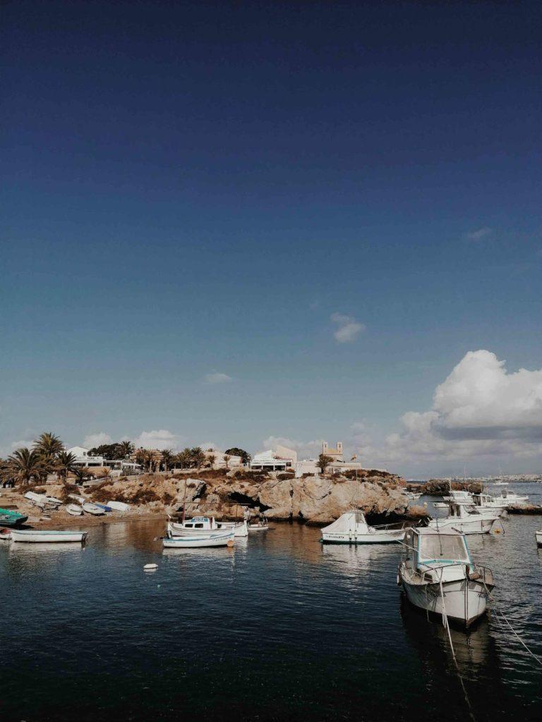 île et bateaux